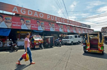 DAVAO. Mokabat sa P740 milyon ang kantidad sa bidding nga anaa na sa Games and Amusement and Government Enterprises and Privatization sa konseho alang sa pagpanindot sa Agdao Public Market, Davao City diin posible nga masugdan kini sa sunod tuig. (Macky Lim)