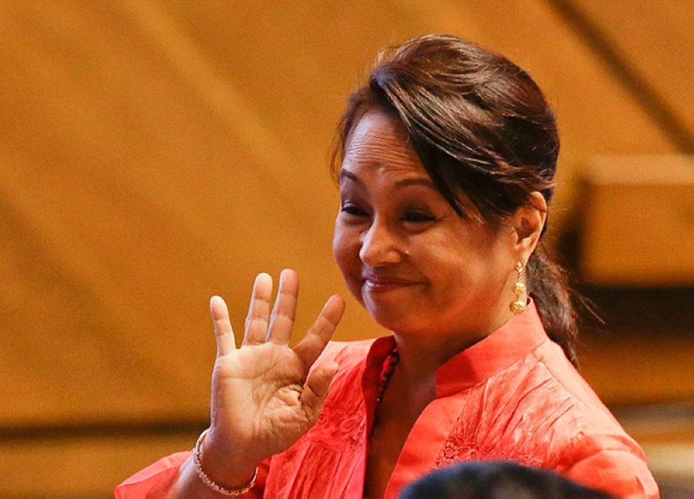 MANILA. Former President Gloria Macapagal-Arroyo waves in this photo taken on July 23, 2018, when majority of the members of the House of Representatives installed her as their new Speaker. (File Photo)