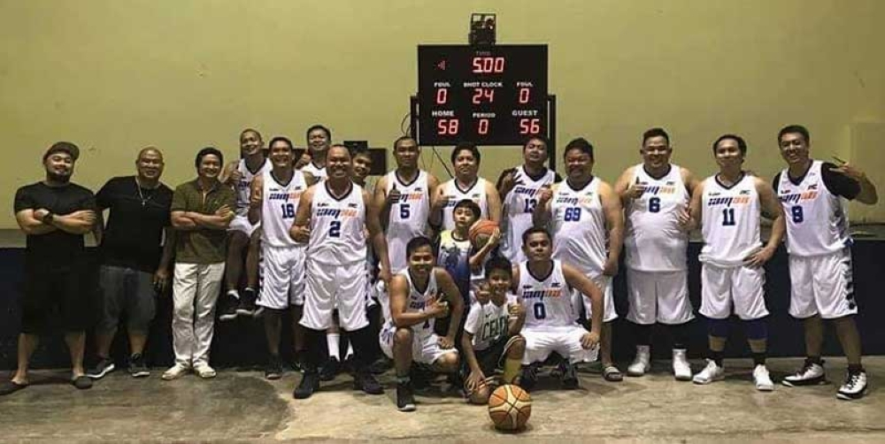 IAM 98 dribblers in jovial mood after defeating reigning St. Peter Cup champion XUHS 2001 twice this seadon in the 8th XUHS-ABA Basketball League here. (Jaime A. Frias II)