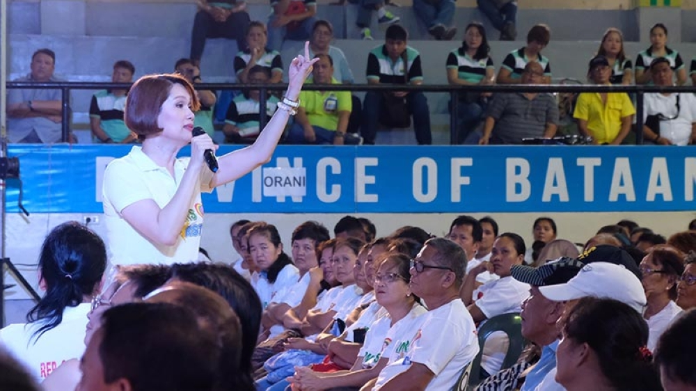 BATAAN. Bataan First District Representative Geraldine Roman vows to solve agrarian issues in the country during the Agrarian Reform and Convergence Summit held Friday at the Orani Covered Gym. (Contributed Photo)