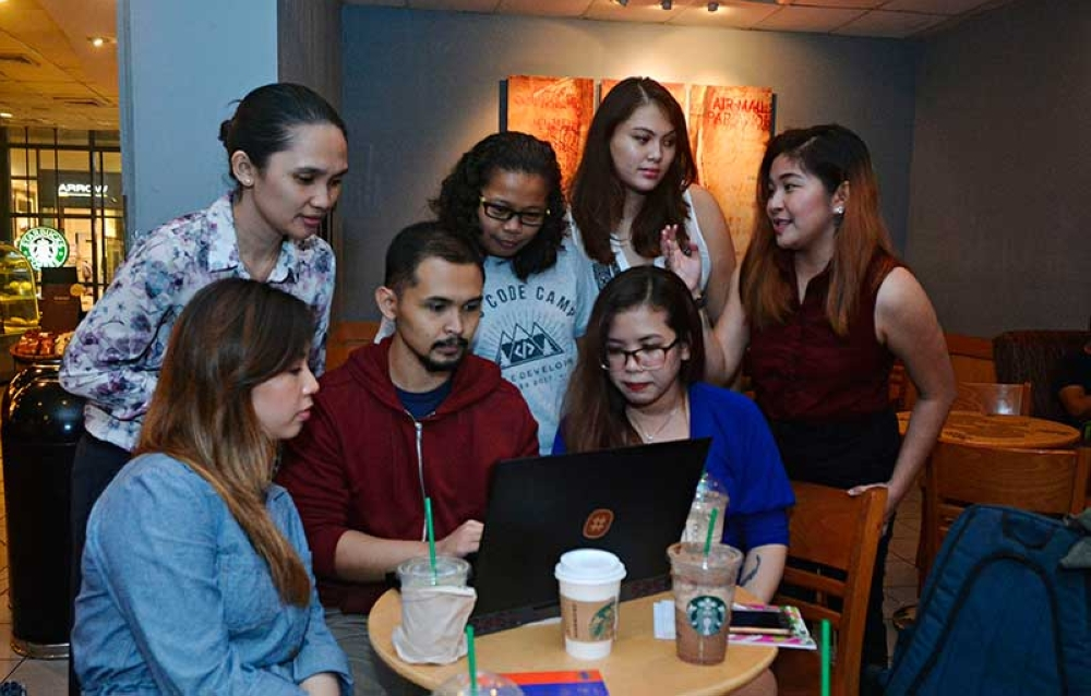WINNING PITCH. Team Hire Heroes PH is composed of Tatiana Perez, Jazen Labuac, Clint Estal, Daphny Palaña, Gama Comaingking, Katrina Balmaceda and Abigael Diez. (SunStar photo/Amper Campaña)