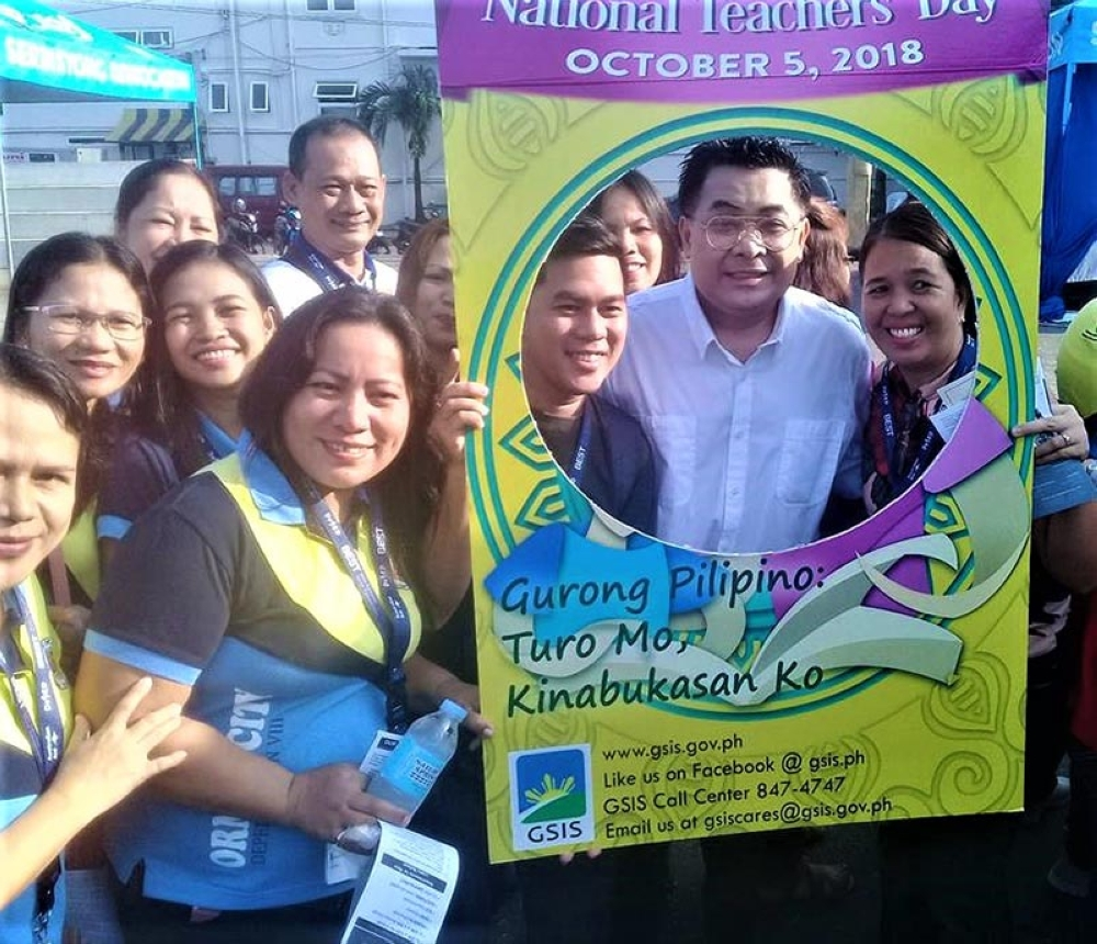 ORMOC CITY. Department of Education Leonor Briones, along with Undersecretary Tonisito M.C. Umali, Esq. and other key education officials, leads the World Teachers' Day 2018 celebration in Ormoc City. (Ronald O. Reyes)