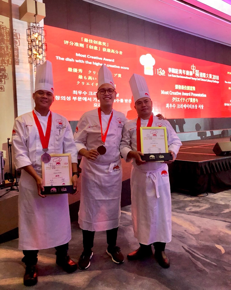 Pinoy Chefs with Medals