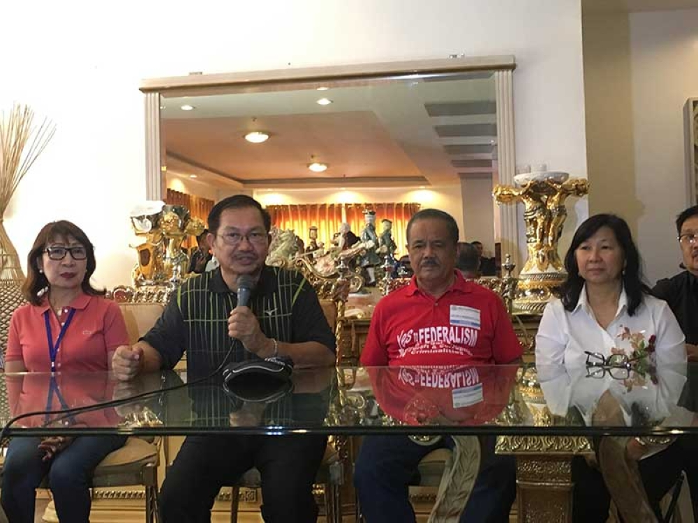Department of Agriculture (DA) Secretary Emmanuel Piñol shares his thoughts on solar-powered irrigation along with Mindanao city mayors. (Gilford A. Doquila)