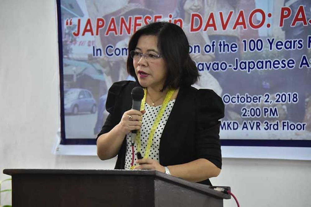 Philippine Nikkei Jin Kai International School and Mindanao Kokusai Daigaku president Ines P. Mallari tackles Japanese history. (Macky Lim)