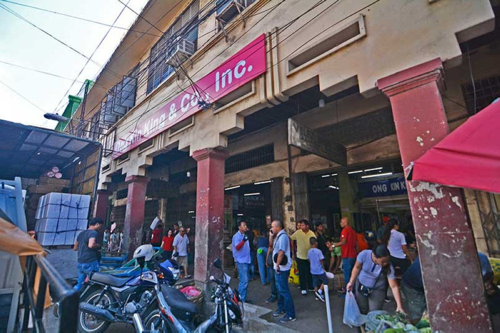 BACK IN BUSINESS. The Ong Kin King & Co. store on Plaridel St., Cebu City reopens after it paid substantial tax that government thinks is rationable. (SunStar photo/Amper Campaña)