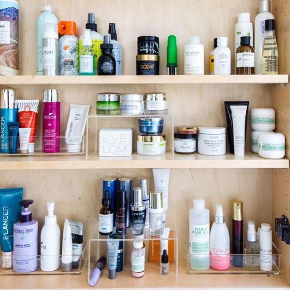 Bathroom organization (Photo grabbed from lifeinjeneral Instagram account)