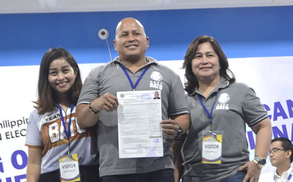MANILA. Former Philippine National Police chief Ronald Dela Rosa files his certificate of candidacy or the May 2019 elections at the Commission on Elections office in Intramuros, Manila. (Al Padilla/SunStar Philippines)