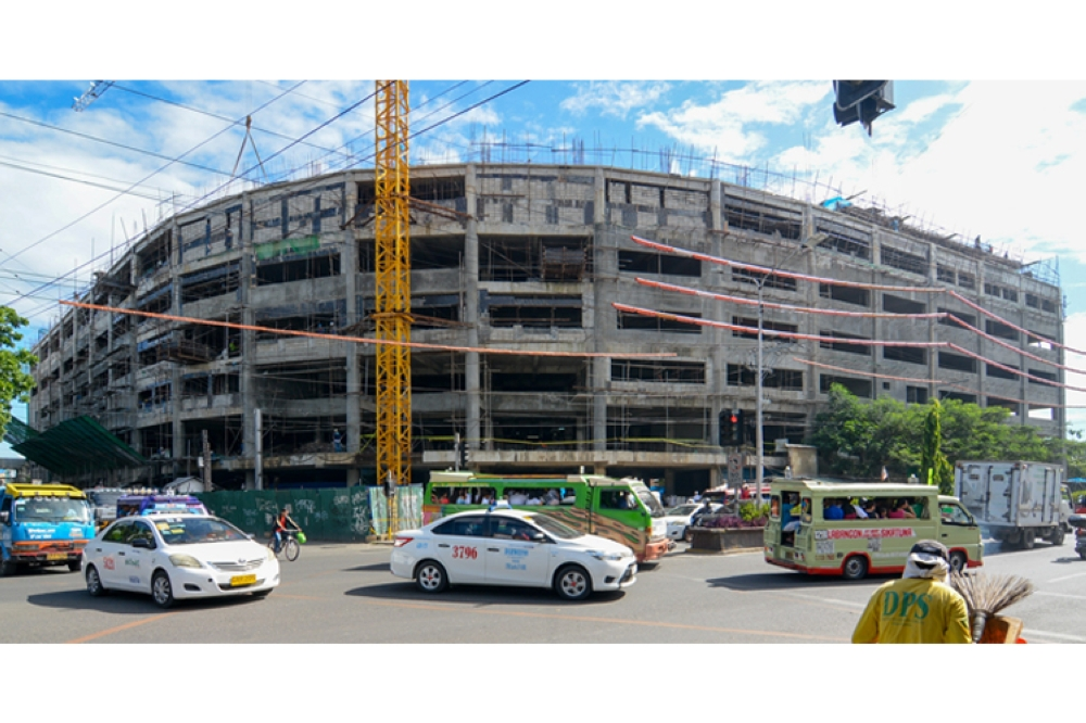 March 2019. The first three of the 10 floors of the Cebu City Medical Center will be ready for use in five months as the building is now 91 percent completed, Cebu City Councilor Mary Ann de los Santos says. Emergency and outpatient services will occupy the first three floors. Story on 6. (SunStar Foto / Arni Aclao)