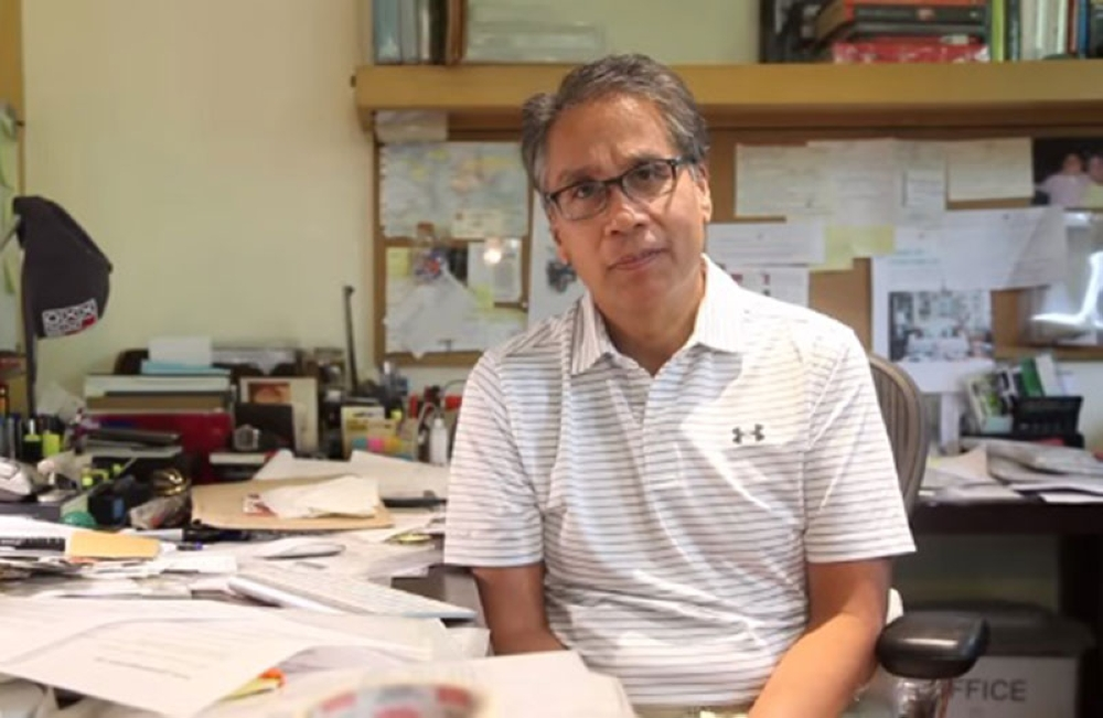 MANILA. Former senator and defeated presidential candidate Manuel Roxas II posts a video on Facebook hinting at running for an elective position in 2019. (Photo from Mar Roxas Facebook)