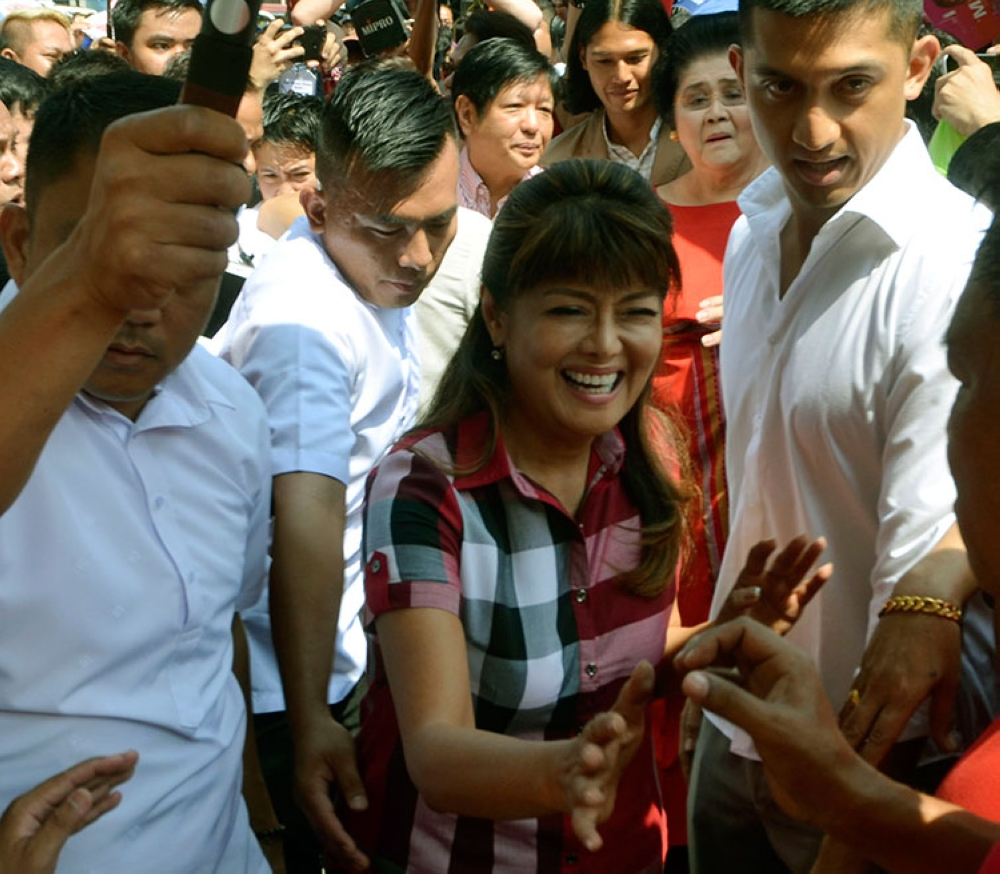 MANILA. Ilocos Norte Governor Imee Marcos was greeted by her supporters as she filed Tuesday, October 16, 2018, her certificate of candidacy for senator. (Al Padilla/SunStar Philippines)