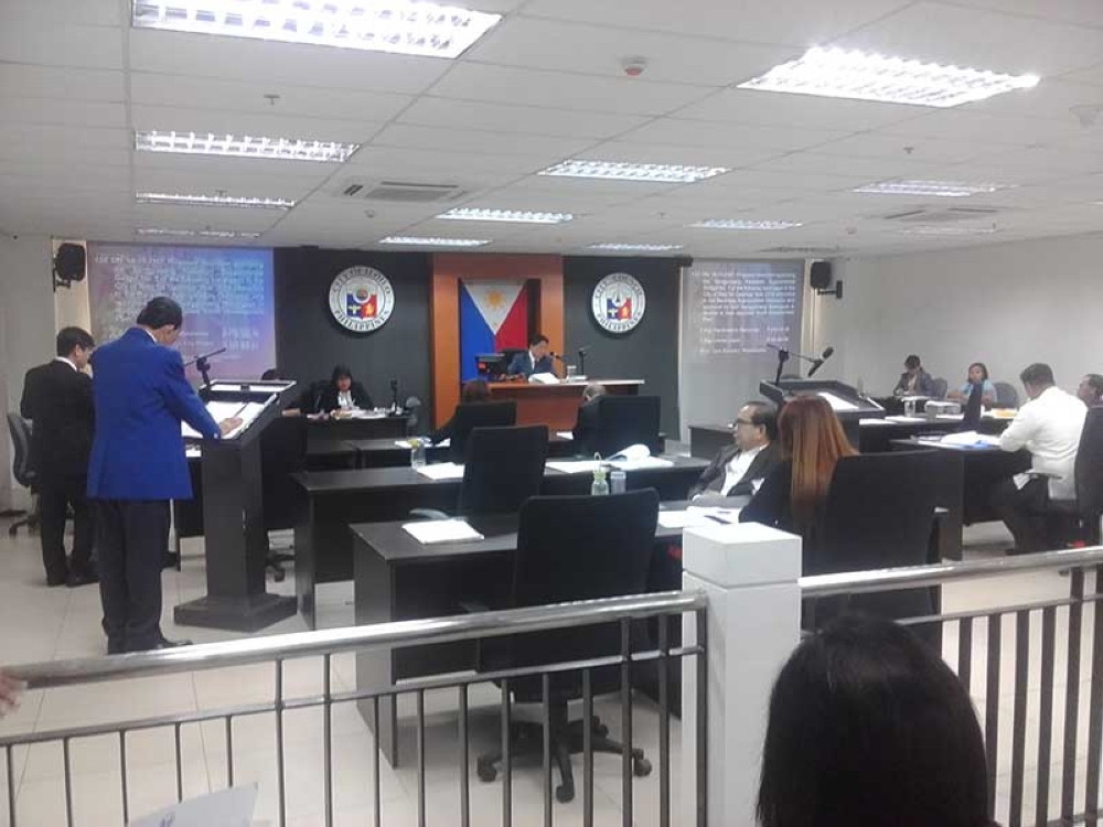 ILOILO. Councilors during the regular session. (Photo by Carolyn Jane Abello)