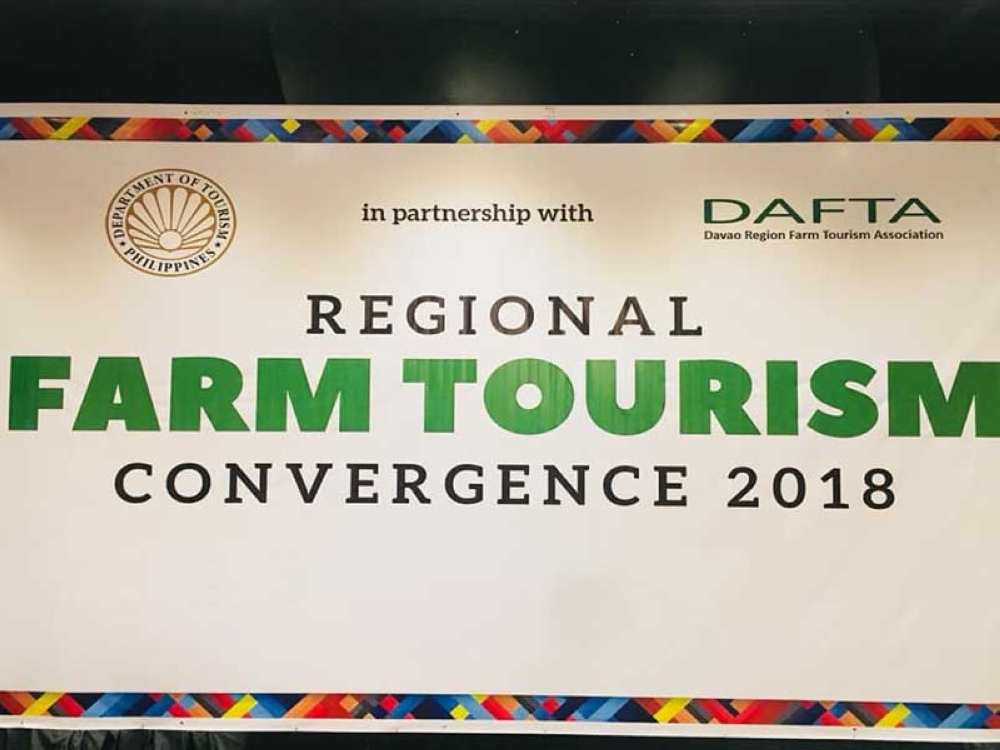 DAVAO. Some 100 players joined on Wednesday the Regional Farm Tourism Convergence at Davao Convention Center, the first of its kind in the region. (John Gilford Doquilla)