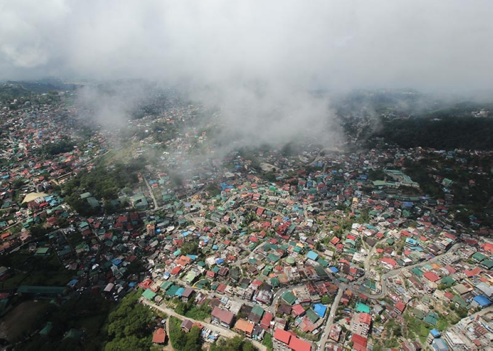UP FOR REHAB? With unabated sale of public lands coupled with the growing population and problem on garbage, environmentalists believe Baguio City should be rehabilitated just like Boracay. (Jean Nicole Cortes)