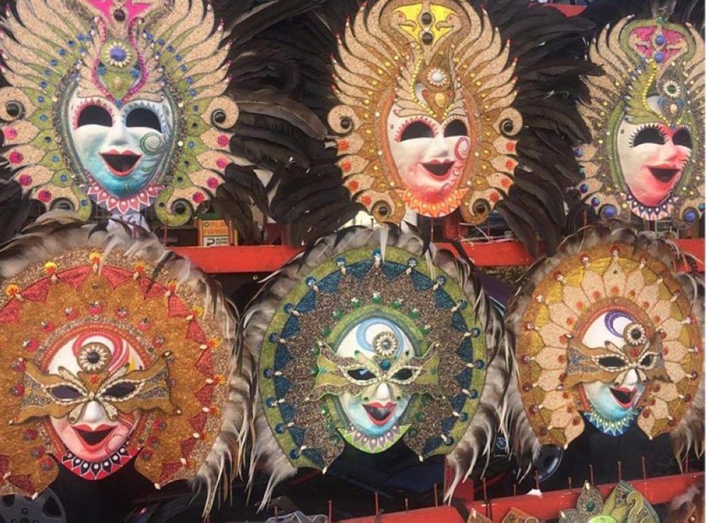 BACOLOD. Handmade colorful masks for sale. (Glazyl Y. Masculino)