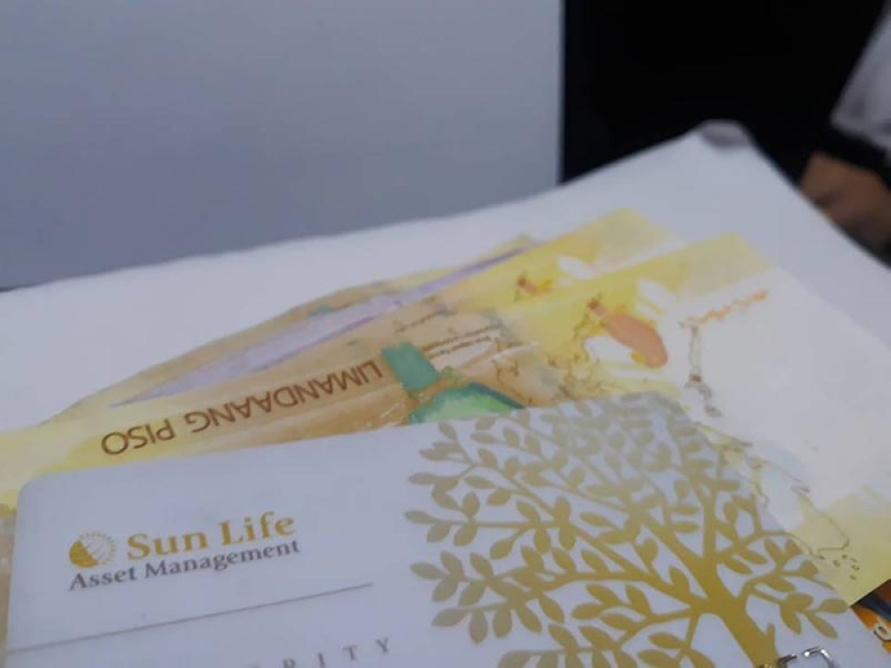 DAVAO. The public can now invest for various Peso Sun Life Prosperity Funds for as low as P1,000. (Ace Perez)
