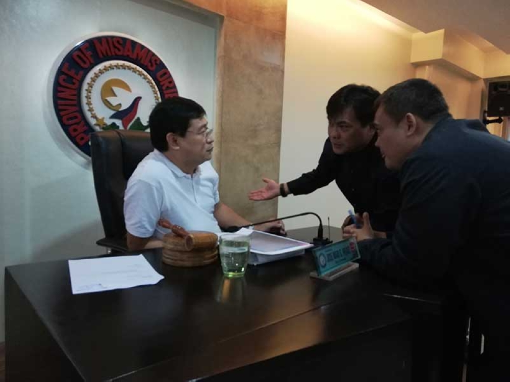 CAGAYAN DE ORO. Vice Governor Joey Pelaez, Board Member Gerardo Sabal, and newly-appointed Board Member Prexy Elipe debate over the authenticity of Elipe's appointment in a session on Monday, October 22. (Contributed photo)