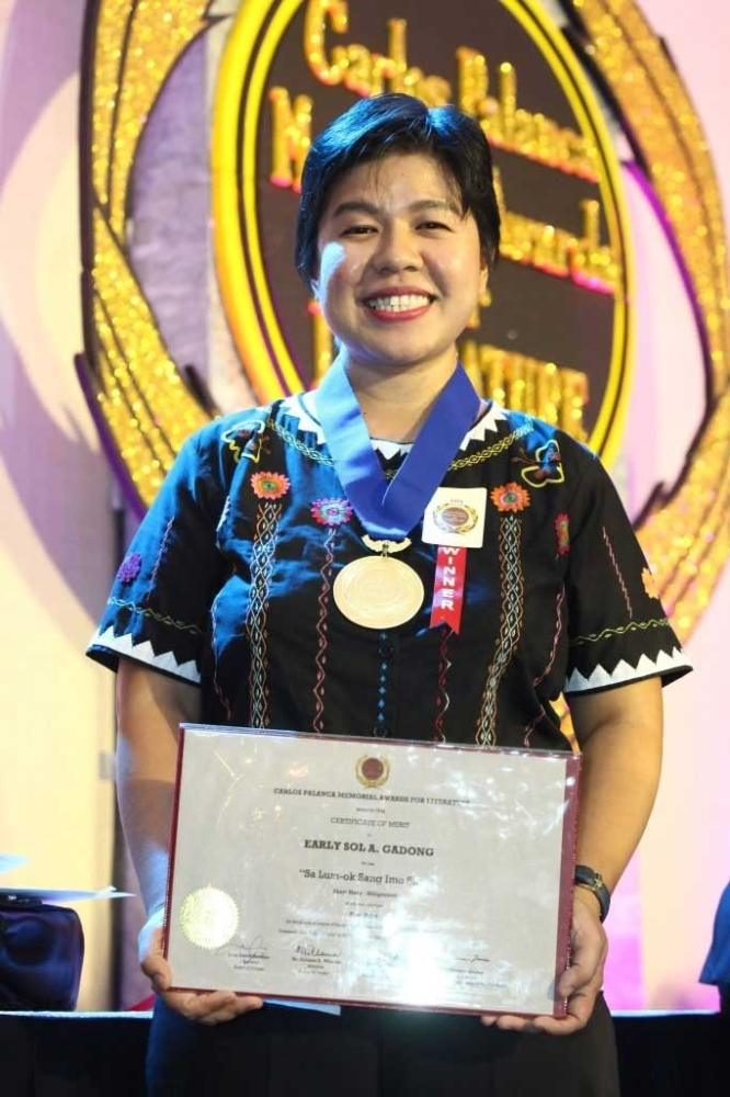ILOILO. Math professor Early Sol Gadong, who bagged prizes in two separate categories (Hiligaynon Short Story andMaikling Kuwentong Pambata) in this year's Palanca Awards. (Contributed Photo)