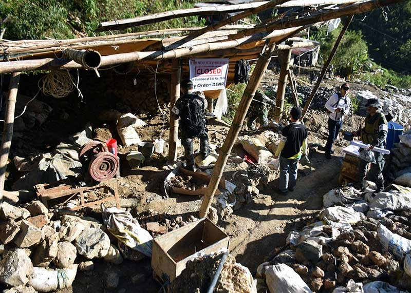 BENGUET. A small-scale mining processing area was earlier closed by the members of the Benguet Provincial Police Office following the order of DENR Secretary Roy Cimatu. MGB, meanwhile, has given the go signal for small-scale miners to process their ore stockpiles. (Redjie Melvic Cawis)