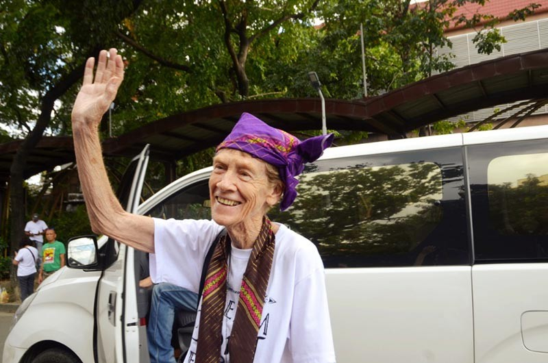 MANILA. Australian missionary, Sister Patricia Anne Fox, was ordered to leave the country Saturday, November 3, by the Bureau of Immigration (BI) for joining anti-government protests. (Al Padilla)