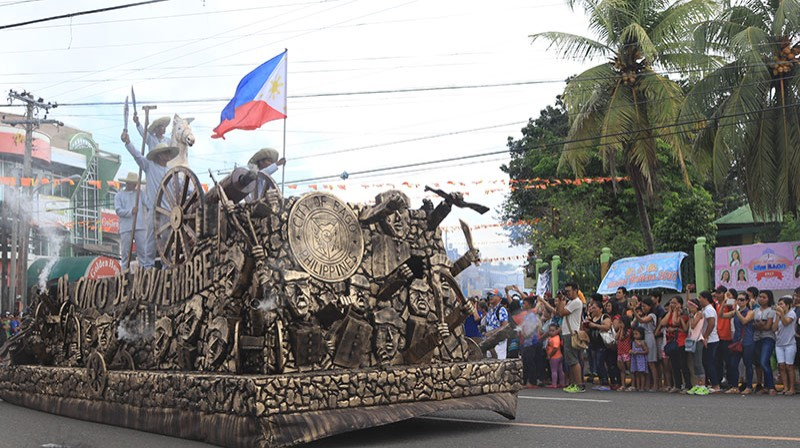 BACOLOD. The Al Cinco de Noviembre float will parade along the major streets of Bago City to honor the great heroes of the 1898 Negros Revolution. (Contributed Photo)