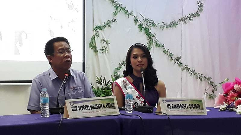 CAGAYAN DE ORO. Miss Millennial Philippines 2018 First Runner Up Danna Rose Socaoco, with Misamis Oriental Governor Yevgeny Emano, during the press conference on Monday, November 5. She thanks the provincial government for supporting her journey to the competition. (Jo Ann Sablad)