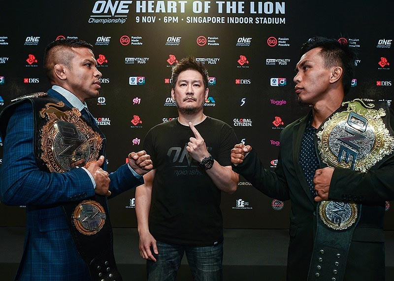 BAGUIO. Reigning ONE bantamweight world champion Bibiano Fernandes of Brazil goes face-to-face with the challenger, ONE interim bantamweight world champion Kevin Belingon of the Philippines for the first time ahead of their highly-anticipated showdown at the Singapore Indoor Stadium this Friday, November 9. One Championship photo