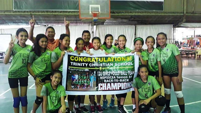 BACOLOD. Palarong Panlalawigan-bound Trinity Christian School and Bacolod Tay Tung High School in posterity after successfully defending their respective title in Nopsscea Season 38. (Contributed photo)