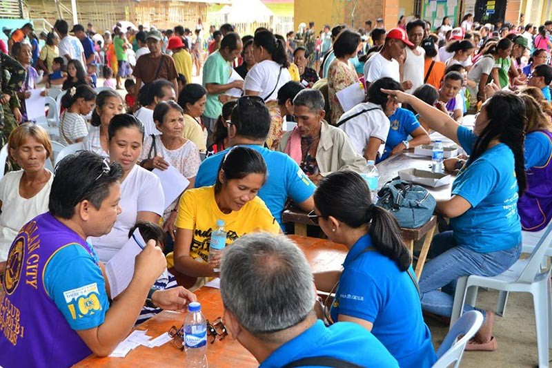 BACOLOD. Some of the residents avail the consultation services conducted by the different participating government agencies during the Multi-Service Peace Caravan held at Barangay Caradio-an, Himamaylan City on November 13. (Richard Malihan)