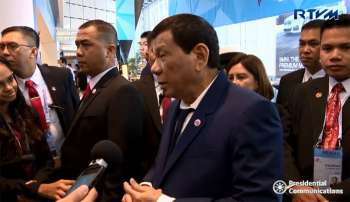SINGAPORE. President Rodrigo Duterte answers questions from the media in Singapore. (Screenshot from RTVM video)