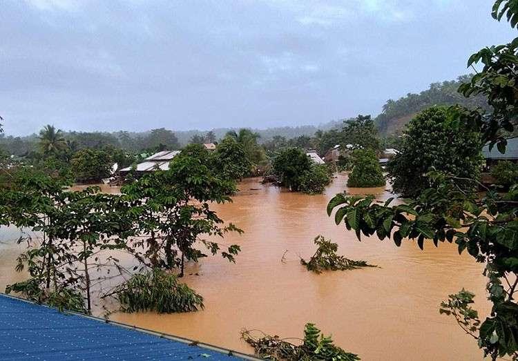 SAMAR. Flooding in Jipapad, Eastern Samar on Thursday, November 22, 2018. (Courtesy of Eastern Samar Board Member Joji Montallana)