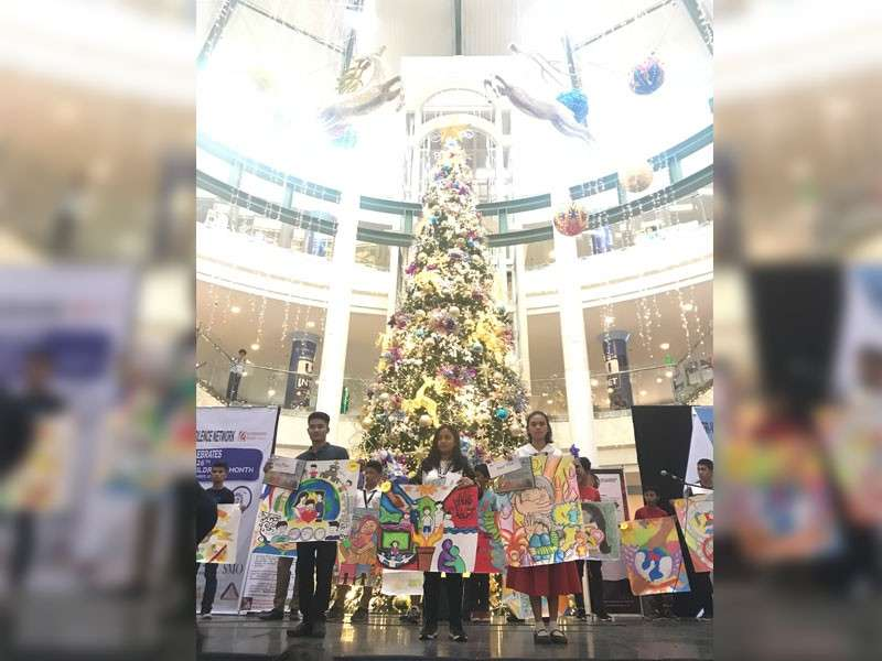 BACOLOD. The winners of the on-the-spot poster making contestduring the Childrens Day organized by Inter-Visayas Break the Silence Network at Robinsons Place Bacolod.