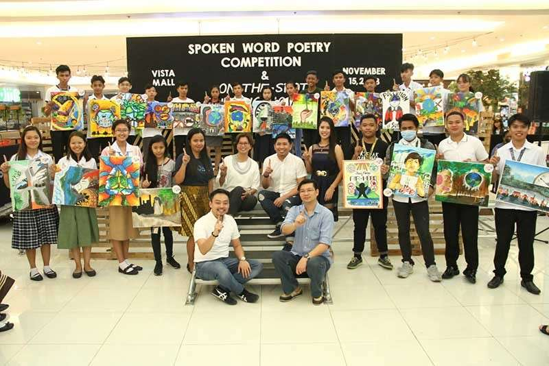 PAMPANGA. Fernandino youth show their artwork expressing environmental awareness. Joining them is Councilor BJ Lagman. (Contributed photo)