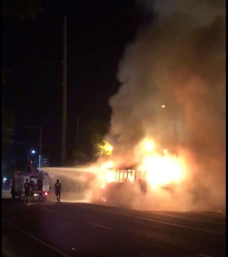 Passenger bus bursts into flames in Naga - SUNSTAR