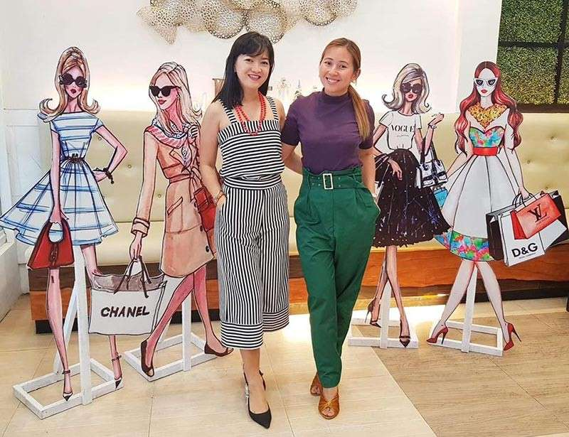TACLOBAN. Business partners Apple Anido Alagon and Coke Young Go pose for a photo after announcing their incoming event-Shopaholic Christmas Fashion and Food Bazaar, which would feature homegrown products and artisans on December 2 to 8 at the Robinsons North in Abucay, Tacloban City. (Photo courtesy of Happy Lane Events)