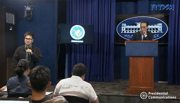 MANILA. Presidential Spokesperson Salvador Panelo holds a press briefing in Malacanang on Thursday, November 29, 2018. (Screenshot from RTVM video)