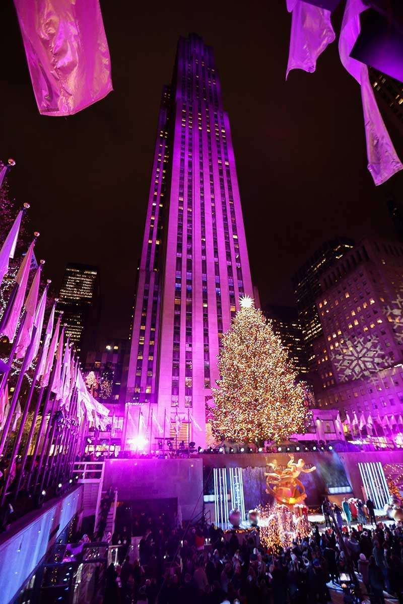 Sprucing Up Nyc Rockefeller Center Lights Christmas Tree Sunstar