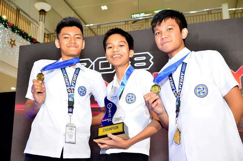 CAGAYAN DE ORO. The Philippine Science High School-Central Mindanao Campus bagged this year's championship prize during the 2018 Steag energy quiz held recently at the Limketkai mall in Cagayan de Oro City. Corpus Christi High School and Xavier University High School trailed at first and second runners-up, respectively. Thirty-one teams from various private and public schools in Northern Mindanao joined the competition. Now on its 14th year, the Steag energy quiz continues to inspire young Filipinos to develop keen interests in science through a friendly academic competition that stretches their knowledge and competence especially in the field of energy.  (Contributed Photo)