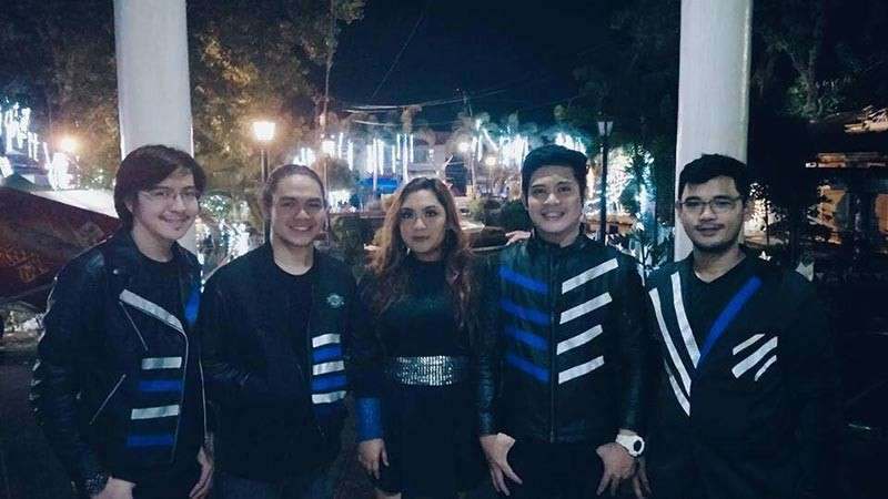 BACOLOD. Last year's VMC's Battle of the Bands 2017 winners, Mojo Nova and Dr. Strings Champion.