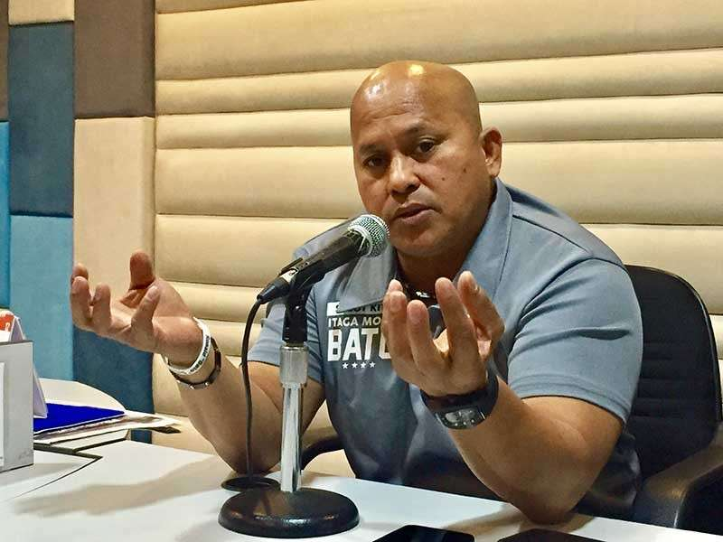 PAMPANGA. Senatorial bet Ronald 'Bato' Dela Rosa shares how much he values the lives of Filipinos even at the expense of killing convicted big time Chinese drug lords during an interview over RW 95.1 FM on Tuesday. (Princess Clea Arcellaz)