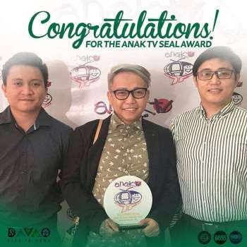 DAVAO. Gikan sa wala, Gian Bulala, video editor sa Byaheong DO30, Jefry Tupas, CIO chief ug Derf Maiz. (Gipaambit nga hulagway)