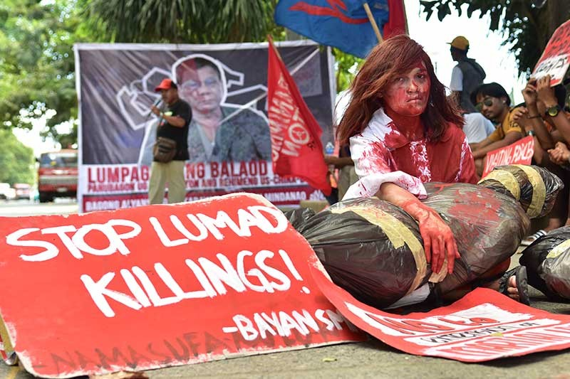 DAVAO. Several militant groups all over southern Mindanao region stage a rally at the Davao City Freedom Park in line with the observance of the International Human Rights Day on December 10, 2018. The group condemned what they claimed as 92 cases of extrajudicial killings under the Duterte administration. (Photo by Macky Lim)