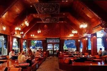 THAILAND. Thara Thong pavilion's richly decorated Thai teakwood interior. (Jinggoy I. Salvador)