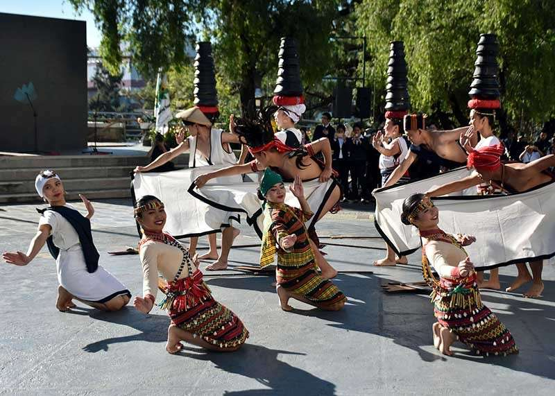 BAGUIO. The Saint Louis University dance troupe performs a mix of cultural and modern dance during the launching ceremony of the Panagbenga 2019 at the Baguio City Hall on December 17, 2018. (Photo by Redjie Melvic Cawis)