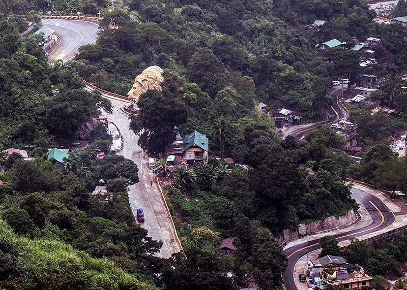 BAGUIO. The Regional Development Council is set to tackle the effects of the closure of Kennon Road, one of Baguio's entry and exit points. (Photo by Jean Nicole Cortes)