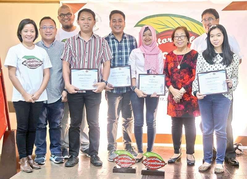 DAVAO. Winners sa #CacaoDavao Best Storytelling contest nga gipasidunggan sa nakalabay nga adlaw. (DA-Davao photo)