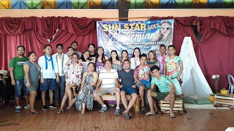 CAGAYAN DE ORO. The editorial, marketing, admin and production staff of SunStar Cagayan de Oro in their Bohemian-themed attire during the Christmas Party last Sunday, December 16, at El Salvador Beach Front Resort and Restaurant. (Photo by Jo Ann Sablad)