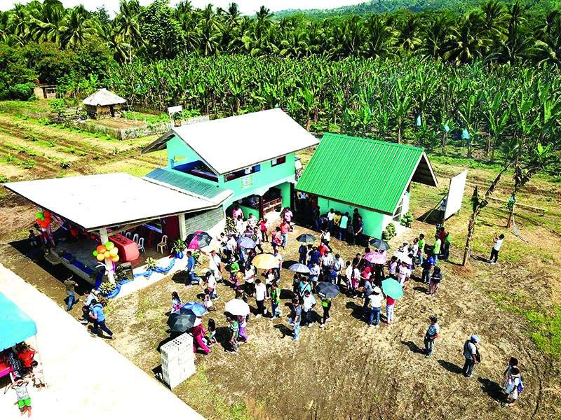 Last Decemeber 5, 2018, the Department of Agriculture–Philippine Rural Development Project (DA-PRDP) has turned over the P928,595 Banana Production and Trading facility to Kinabugawan Farmers Producers Cooperative (KIFAPCO) in Veruela, Agusan del Sur. (Contributed Photo)