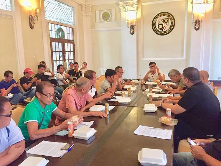 Early start. Cebu Provincial Sports Commission executive director Ramil Abing presides over the first coordination meeting for the 3rd Governor's Cup, which they hope to finish before the campaign period. (Contributed Foto)