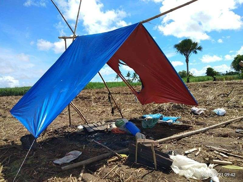 NEGROS. The makeshift tent where the nine farmers were killed by unidentified armed on Saturday, October 20. (Contributed photo)